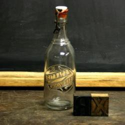 Vintage Medical Bottle / Vintage Apothecary Bottle